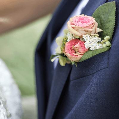 Traditioneel wit of een gekleurde trouwjurk?