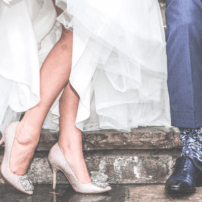 Deze 3 vragen moet je zeker aan je kapper stellen voor jouw ideale bruidskapsel