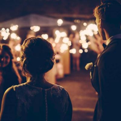 Tips voor het organiseren van jullie trouwfeest thuis!