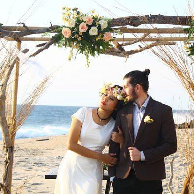 Trouwen op het strand? Check onze zomerse huwelijkstips.