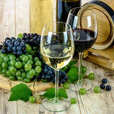 3 tips voor het serveren van alcohol op je bruiloft