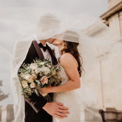 Bruiloftcatering en bruidstaart